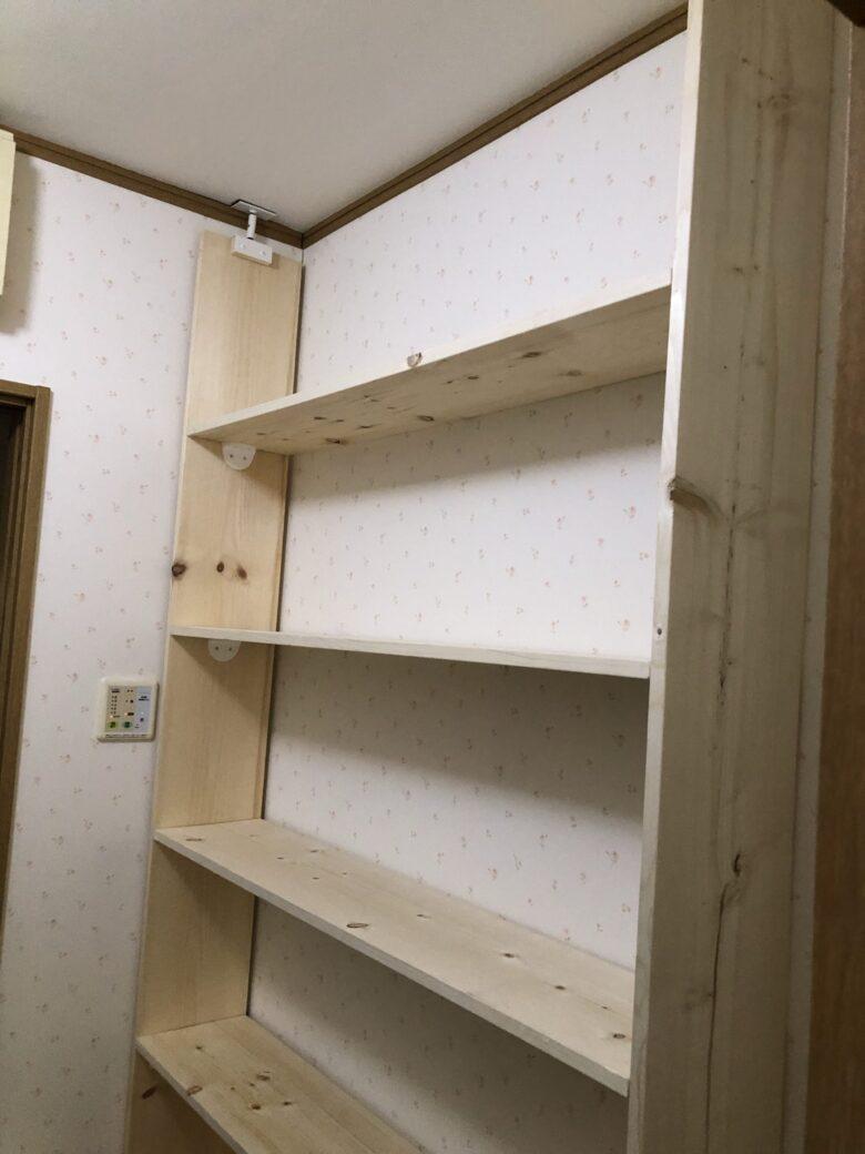 DIY素人&賃貸でもOK!貧乏人は脱衣所の棚も自分で…簡単&安いんです