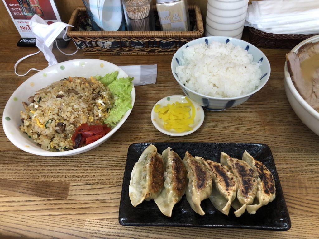 福福 チャーハン 餃子
